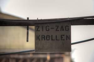 Fabriek zig-zag krollen